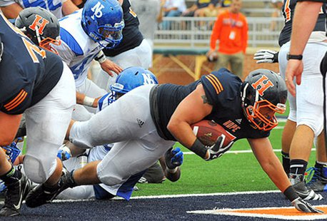 Hope College football action at Holland Municipal Stadium (photo courtesy Hope College)