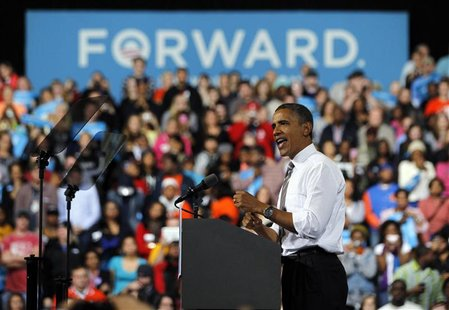 U.S. President Barack Obama campaigns at Bowling Green State University in Bowling Green, Ohio, September 26, 2012. REUTERS/Jason Reed