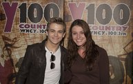 Y100 Listeners Meet Hunter Hayes 11