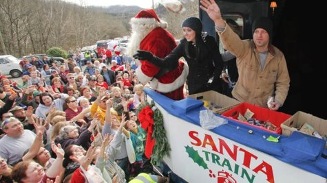 Image courtesy of Team Santa Train (via ABC News Radio)