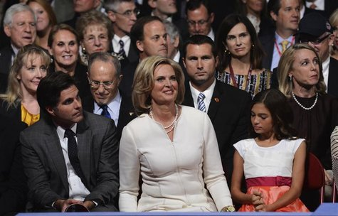 Ann Romney smiles at the start of the first 2012 U.S. presidential debate in Denver October 3, 2012. REUTERS/Michael Reynolds/Pool