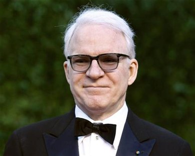 Comedian Steve Martin arrives at the 2011 Vanity Fair Oscar party in West Hollywood, California February 27, 2011. REUTERS/Danny Moloshok