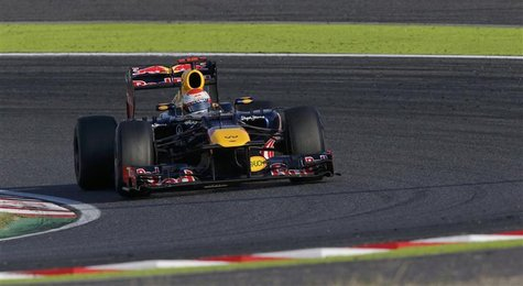 Red Bull Formula One driver Sebastian Vettel of Germany drives during the Japanese F1 Grand Prix at the Suzuka circuit October 7, 2012. REUT