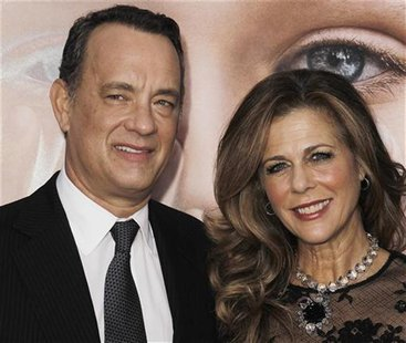 "Cast member Tom Hanks (L) and his wife Rita Wilson arrive for the premiere of the film ""Extremely Loud and Incredibly Close"" in New York, De"
