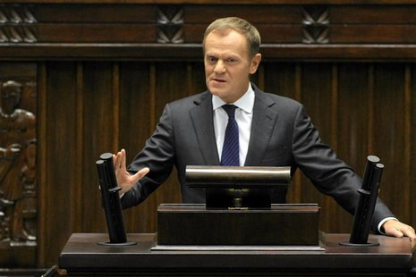 Poland's Prime Minister Donald Tusk delivers a speech at the Polish Parliament In Warsaw October 12, 2012. REUTERS/Slawomir Kaminski/Agancja