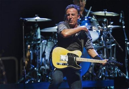 Bruce Springsteen performs with the E Street Band during a concert in East Rutherford, New Jersey, September 19, 2012. REUTERS/Lucas Jackson