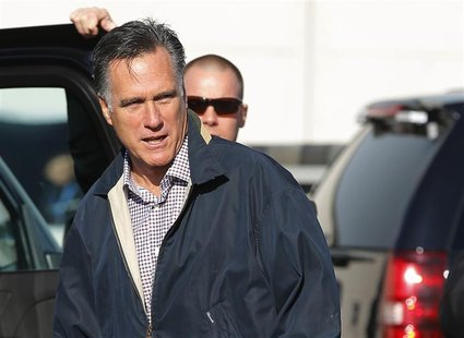 Republican presidential nominee Mitt Romney arrives in Ronkonkoma, New York October 16, 2012 for his upcoming debate with U.S. President Bar