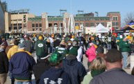 Y100 Tailgate Party at Brett Favre's Steakhouse :: Packers vs. Jaguars 4