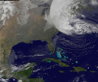 Hurricane Sandy is seen on the east coast of the United States in this NASA handout satellite image taken at 0715 GMT, October 29, 2012.  REUTERS/NASA/NOAA/GOES Project/Handout