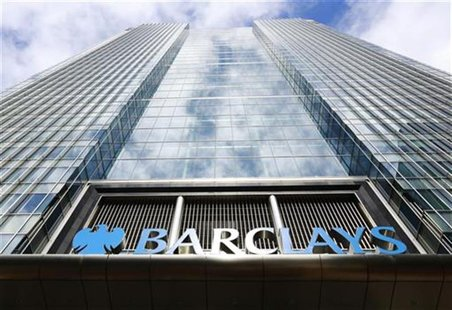 Barclays bank headquarters in Canary Wharf, east London August 30, 2012. REUTERS/Olivia Harris