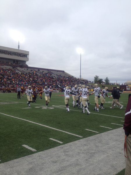 Broncos come up with a big stop on 3rd down. WMU @ CMU 11/3/12