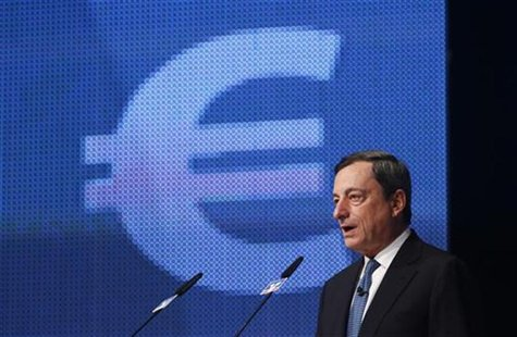 European Central Bank President Mario Draghi speaks during the Economy Day 2012 in Frankfurt November 7, 2012. REUTERS/Ralph Orlowski