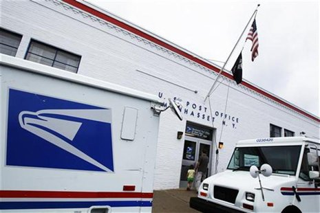 The entrance of a United States Post Office is seen in Manhasset, New York August 1, 2012. REUTERS/Shannon Stapleton