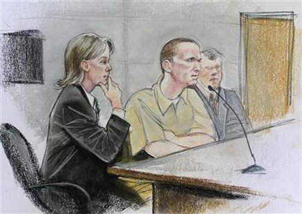 Jared Loughner (C) is shown in a courtroom sketch sitting with his attorney Judy Clark (L) during his hearing in federal court in Tucson, Arizona, August 7, 2012. Credit: Reuters/Maggie Keane