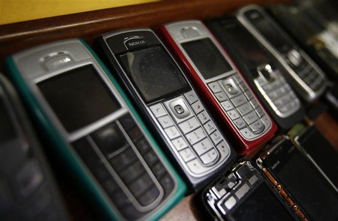 Nokia mobile phones are pictured inside a mobile phone repair service store in the western Austrian city of Innsbruck October 16, 2012. REUT