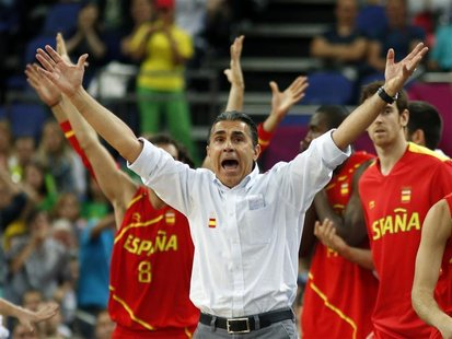 Spain's head coach Sergio Scariolo reacts during game against France at their men's quarterfinal basketball match at the North Greenwich Are
