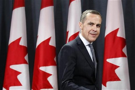 Bank of Canada Governor Mark Carney arrives at a news conference in Ottawa November 26, 2012. REUTERS/Chris Wattie