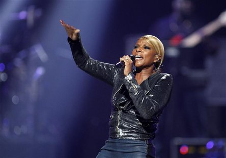 Singer Mary J. Blige performs during second day of the 2012 iHeartRadio Music Festival at the MGM Grand Garden Arena in Las Vegas, Nevada Se