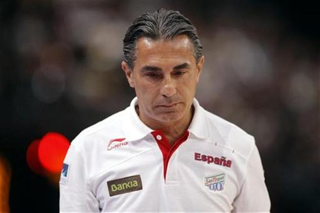 Spain's former coach Sergio Scariolo reacts during his Olympics national teams' friendly match against France in Paris July 15, 2012. REUTER