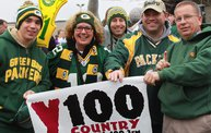 Y100 Tailgate Party at Brett Favre's Steakhouse :: Packers vs. Vikings 17