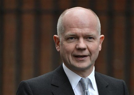 Britain's Foreign Secretary William Hague arrives in Downing Street in London December 3, 2012. REUTERS/Toby Melville
