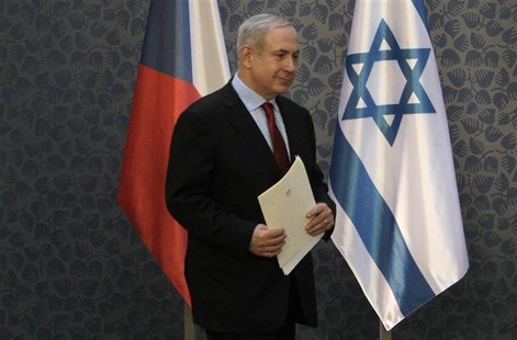 Israel's Prime Minister Benjamin Netanyahu arrives to a news conference at government headquarters in Prague December 5, 2012. REUTERS/David