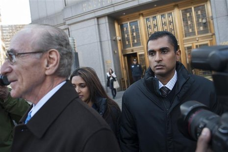 Former SAC Capital employee Mathew Martoma gets into an awaiting car as he leaves Manhattan Federal Court in New York, November 26, 2012. RE