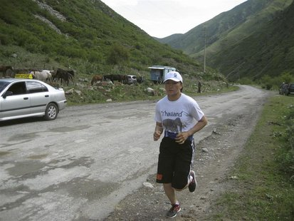 Aisuluu Tynybekova trains in the Alamedin Gorge near the capital Bishkek, May 16, 2012. REUTERS/Olga Dzyubenko