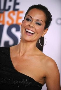 Brooke Burke attends the 17th annual Race to Erase MS gala in Los Angeles May 7, 2010. REUTERS/Phil McCarten