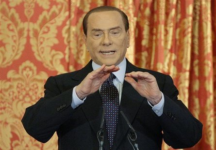 Italy's former Prime Minister Silvio Berlusconi speaks during a news conference at Villa Gernetto in Gerno near Milan October 27, 2012. REUT