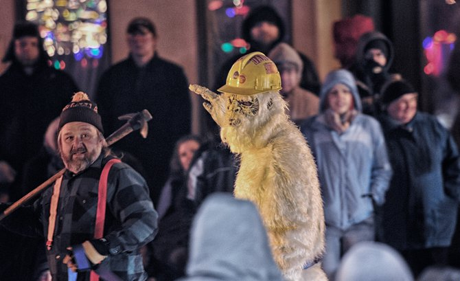 The Abominable Snowman wavin' to his fans!!