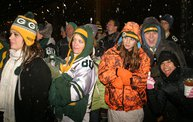 Lambeau Field Flash Mob @ The Packers' Tundra Tailgate Zone with WIXX 1