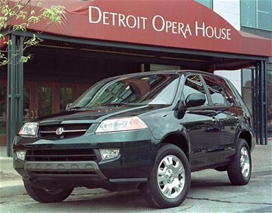 Honda Motor Co. Ltd. introduced the Acura luxury division's first SUV, the 2001 MDX, September 14, 2000 to automotive press in Detroit. REUT