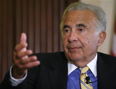 Investor Carl Icahn speaks at the Wall Street Journal Deals & Deal Makers conference, held at the New York Stock Exchange, June 27, 2007. RE