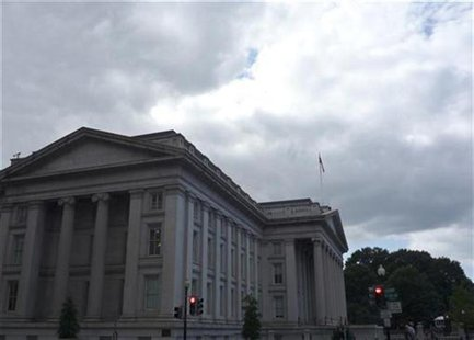 The U.S. Treasury building is seen in Washington, September 29, 2008. REUTERS/Jim Bourg