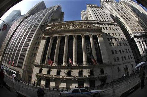 The New York Stock Exchange on Broad Street in lower Manhattan in New York November 10, 2011. Picture taken November 10, 2011. REUTERS/Mike