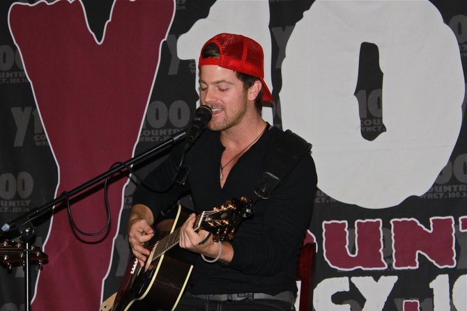 Kip Moore - Y100 performance