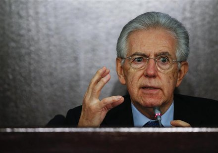 Italian caretaker Prime Minister Mario Monti gestures during an end of the year news conference in Rome December 23, 2012. Monti said on Sun
