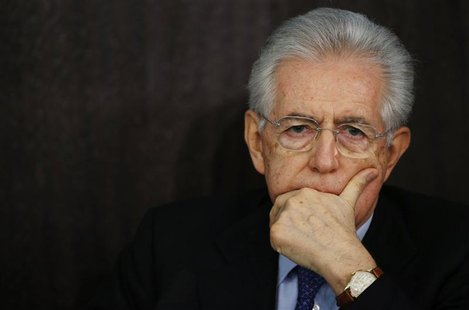Italian caretaker Prime Minister Mario Monti attends an end of year news conference in Rome December 23, 2012. Monti said on Sunday he would