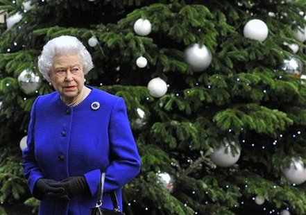 Britain's Queen Elizabeth leaves after attending a cabinet meeting at Number 10 Downing Street in London December 18, 2012. REUTERS/Toby Mel