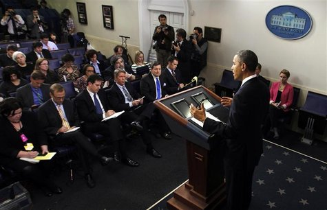 U.S. President Barack Obama speaks about the fiscal cliff in the briefing room of the White House in Washington December 21, 2012. REUTERS/K