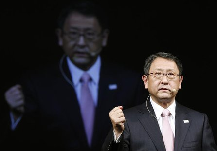 Toyota Motor Corp President Akio Toyoda speaks during a news conference in Tokyo December 25, 2012. Analysts say a continued slide in the Ja