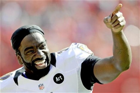Baltimore Ravens free safety Ed Reed celebrates the last minute of the Ravens' win over the Kansas City Chiefs in their AFC NFL football gam