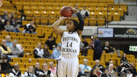 Sophomore Jasmine Knowles scored a career-high 10 points Friday against Illinois-Chicago, but the Broncos dropped a 66-58 game to the Flames on Friday, December 28, 2012 in Chicago.(Photo courtesy of www.wmubroncos.com)