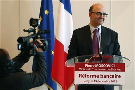 France's Finance Minister Pierre Moscovici speaks during a news conference at the Economy Ministry in Paris December 19, 2012. REUTERS/Charl