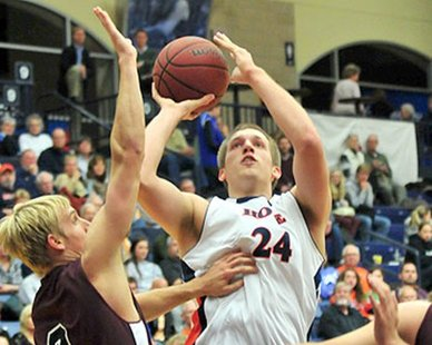 Hope College forward Nate Snuggerud (photo courtesy Hope College)