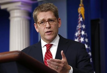 White House Press Secretary Jay Carney speaks during a media briefing at the White House in Washington December 18, 2012. REUTERS/Kevin Lama