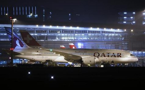 Qatar Airways' new Boeing 787 Dreamliner aircraft is parked after its first arrival at Zurich Airport in Zurich, January 14, 2013. REUTERS/M