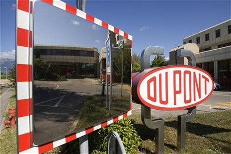 A DuPont logo is pictured on the research center in Meyrin near Geneva August 4, 2009. REUTERS/Denis Balibouse