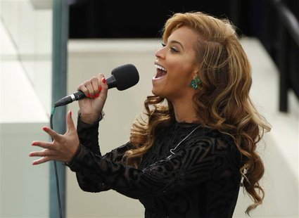 Beyonce sings the National Anthem during inauguration ceremonies for U.S. President Barack Obama in Washington, January 21, 2013. REUTERS/Ke